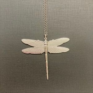 Jewelry - Silver dragonfly pendant with chain
